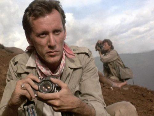 Salvador di Oliver Stone, scheda film