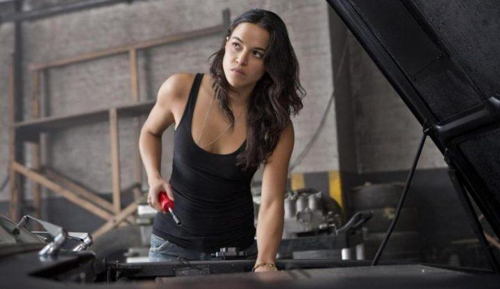 Fast & Furious 6 di Justin Lin, scheda film, recensione, Vin Diesel, Paul Walker, Dwayne Johnson, Michelle Rodriguez, curiosità