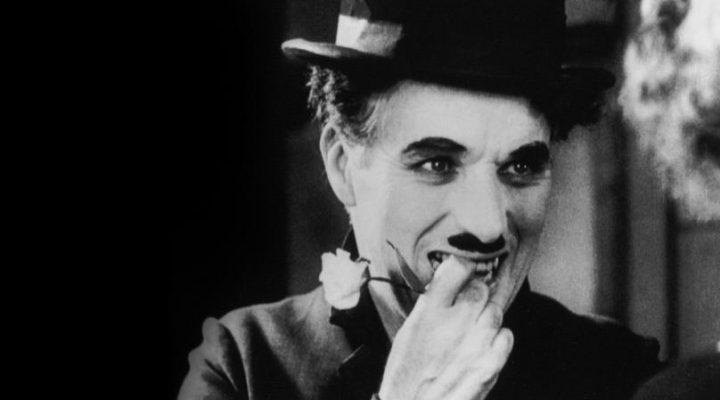 Charlie Chaplin perse un concorso dedicato ai suoi sosia? Luci della città