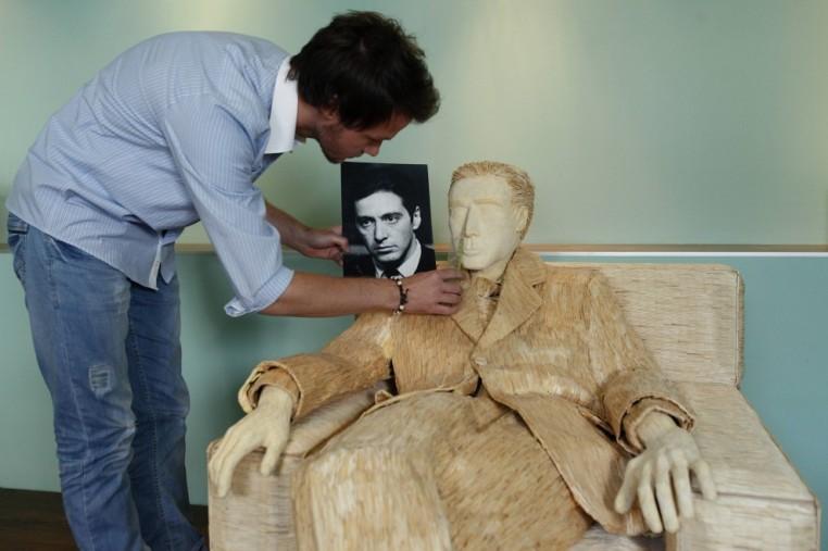 Per Al Pacino una scultura con 117 mila fiammiferi