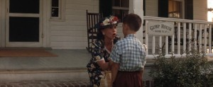 Forrest Gump streaming di Robert Zemeckis con Tom Hanks, Rebecca Williams, George Kelly, Robin Wright e Gary Sinise 22 frasi citazioni e dialoghi