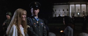 Forrest Gump streaming di Robert Zemeckis con Tom Hanks, Rebecca Williams, George Kelly, Robin Wright e Gary Sinise 327 frasi citazioni e dialoghi