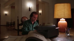 Shining frasi citazioni e dialoghi streaming di Stanley Kubrick con Jack Nicholson, Shelley Duvall, Danny Lloyd, Scatman Crothers, Barry Nelson, Philip Stone, Joe Turkel Jack Torrance typewriter