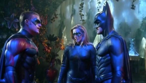 Tutti gli errori presenti in Batman & Robin streaming di Joel Schumacher con George Clooney, Arnold Schwarzenegger e Uma Thurman
