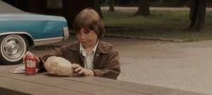 Soffocare (Choke) Clark Gregg con Sam Rockwell, Anjelica Huston, Kelly MacDonald, Brad William Henke, Gillian Jacobs streaming 11 curiosità, errori e bloopers