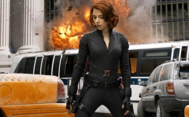 Scarlett Johansson nuda sotto la tuta in The Avengers