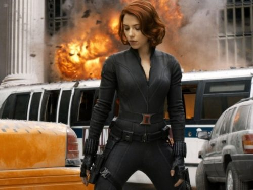 Scarlett Johansson nuda sotto la tuta in The Avengers