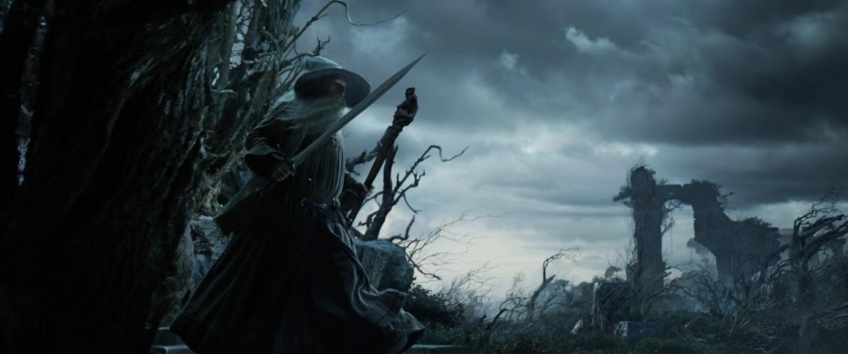 Lo Hobbit - La desolazione di Smaug di Peter Jackson con Ian McKellen, Martin Freeman, Richard Armitage, Ken Stott, Evangeline Lilly, Cate Blanchett streaming m9 Lo Hobbit La desolazione di Smaug frasi citazioni e dialoghi