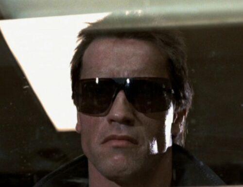 Arnold Schwarzenegger il più adatto ad affrontare un'invasione aliena