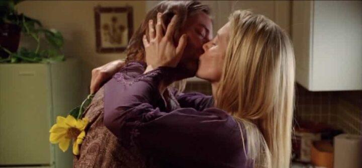 Lost, Josh Holloway, Elizabeth Mitchell, James Sawyer Ford, Juliet Burke, kiss, bacio - Lost citazioni e dialoghi
