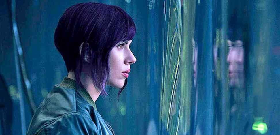 Scarlett Johansson sexy cyborg nel trailer di Ghost in The Shell