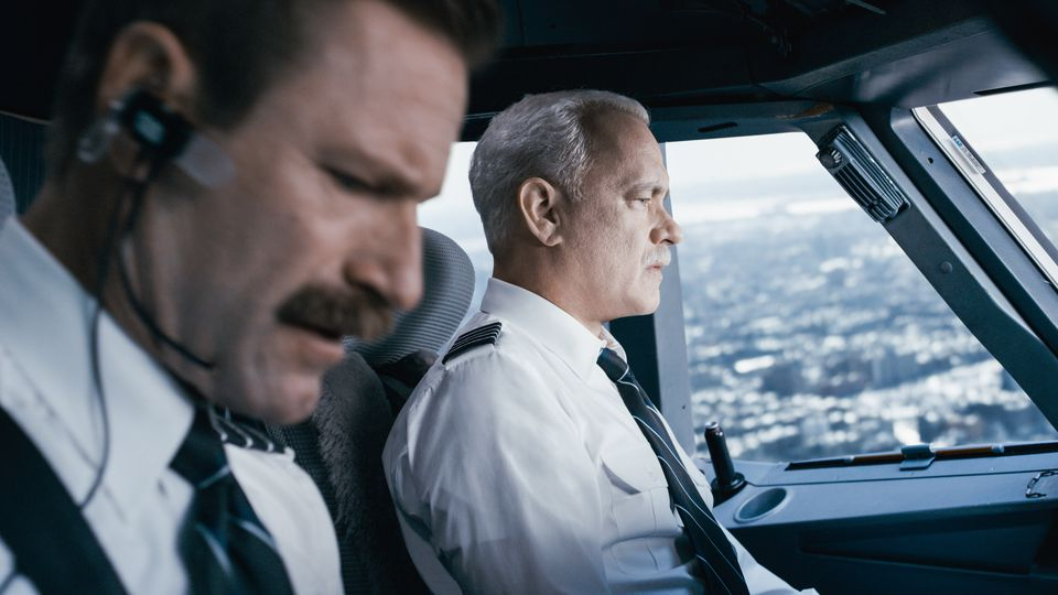 Sully (2016) di Clint Eastwood, Tom Hanks, Aaron Eckhart, Laura Linney, Anna Gunn