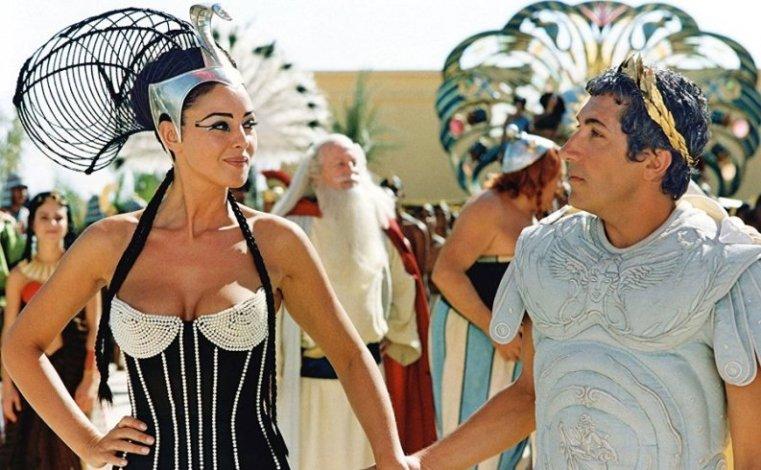 Asterix e Obelix - Missione Cleopatra (Astérix & Obélix Mission Cléopâtre) Christian Clavier, Monica Bellucci sexy, Gérard Depardieu, Alain Chabat
