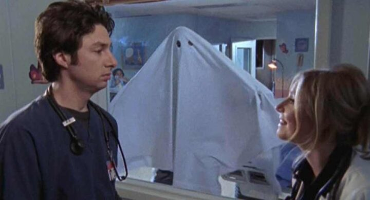 Una scena di Scrubs, che ha come protagonisti Sarah Chalke e Zach Braff