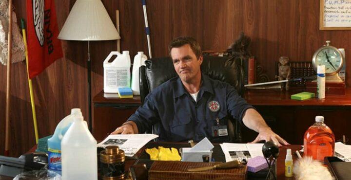 Il vero nome dell'Inserviente di Scrubs, Una scena di Scrubs, che ha come protagonisti Neil Flynn e Zach Braff