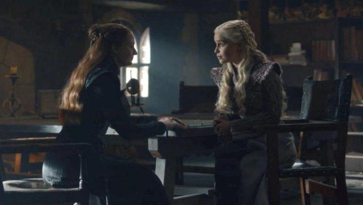 Game-of-Thrones-Daenerys-Targaryen-Sansa-Stark-Emilia-Clarke-Sophie-Turner-season - Game of Thrones citazioni e dialoghi (Il Trono di Spade)