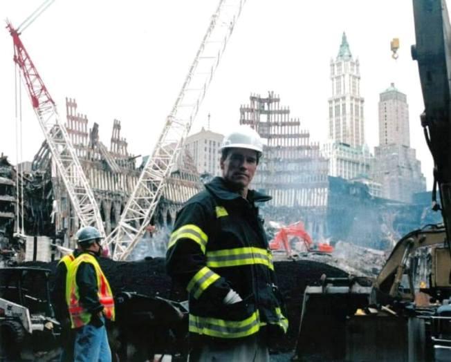 Arnold Schwarzenegger volontario l'11 settembre