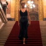 Red Sparrow, Francis Lawrence, Jennifer Lawrence, scale
