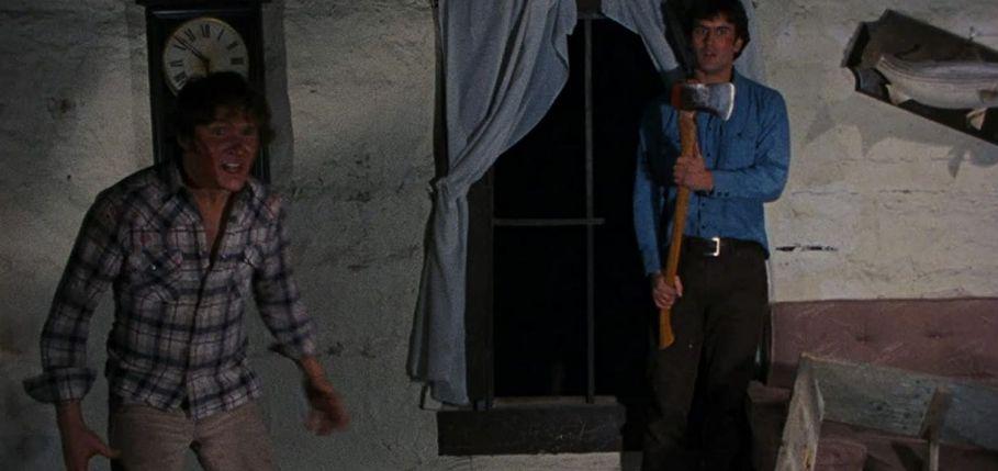 La casa (1981) di Sam Raimi conBruce Campbell,Betsy Baker, Hal Del Rich, Ellen Sandweiss e Sarah York recensione ascia