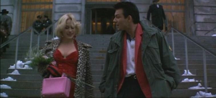Curiosità ed errori presenti in Una vita al massimo di Tony Scott con Christian Slater, Patricia Arquette, Dennis Hopper e Christopher Walken Alabama vestito rosso
