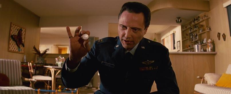 Recensione trama di Pulp fiction di Quentin Tarantino con John Travolta, Samuel L. Jackson, Uma Thurman, Christopher Walken, orologio Vietnam