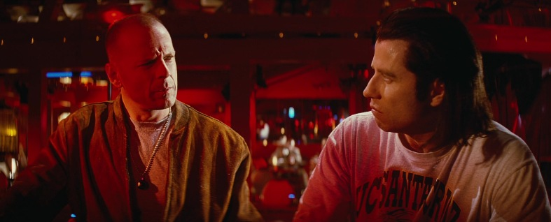Recensione trama di Pulp fiction di Quentin Tarantino con John Travolta, Samuel L. Jackson, Uma Thurman, Harvey Keitel, Bruce Willis