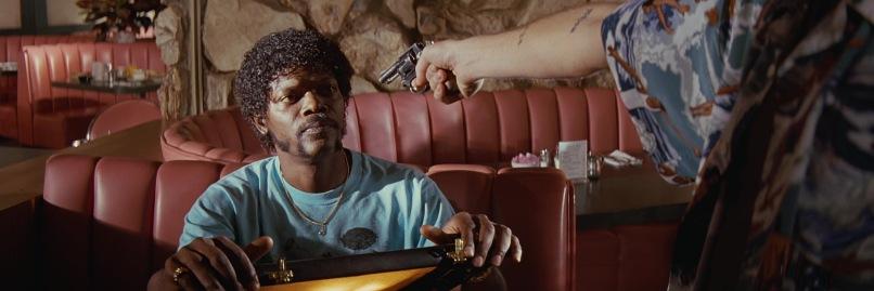 Pulp Fiction frasi, citazioni e dialoghi di Quentin Tarantino, Samuel L. Jackson, Jules Winnfield, cosa contiene la valigetta