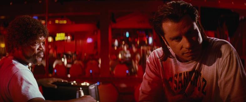 Pulp Fiction citazioni e dialoghi di Quentin Tarantino, John Travolta, Vincent Vega e Samuel L. Jackson, Jules Winnfield, locale Marsellus