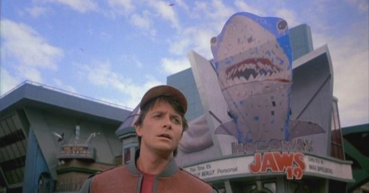 Ritorno al futuro - Parte II citazioni e dialoghi della pellicola di Robert Zemeckis squalo