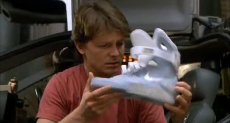 Ritorno al futuro - Parte II citazioni e dialoghi della pellicola di Robert Zemeckis scarpe nike