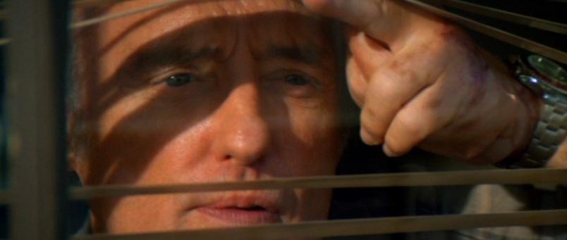 Speed citazioni e dialoghi di Jan de Bont con Keanu Reeves, Dennis Hopper e Sandra Bullock, finestra