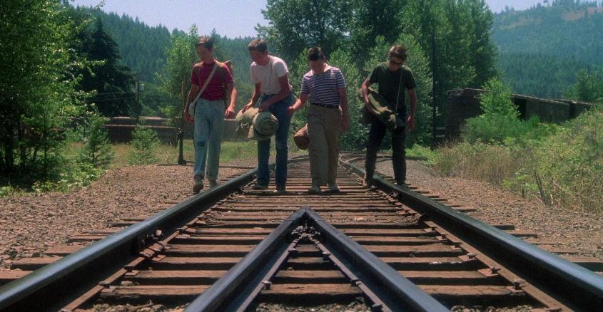 Stand by Me - Ricordo di un'estate citazioni e dialoghi, di Rob Reiner, con Wil Wheaton, River Phoenix, Corey Feldman, Jerry O'Connell, binari