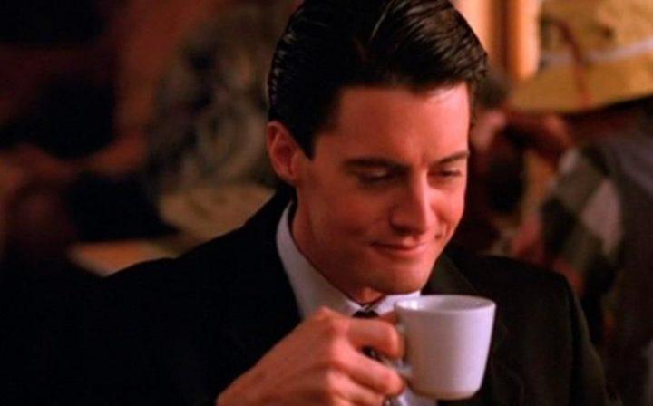 Twin Peaks, la serie tv, David Lynch, Mark Frost, recensione, Kyle MacLachlan, caffè, curiosità