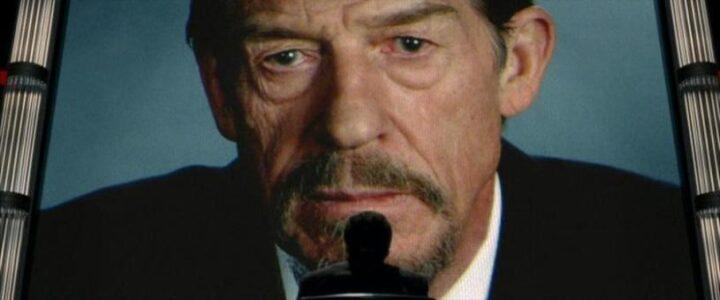 V per Vendetta, scheda film, recensione, fratelli Wachowski, James McTeigue, Natalie Portman, Hugo Weaving, curiosità, trama