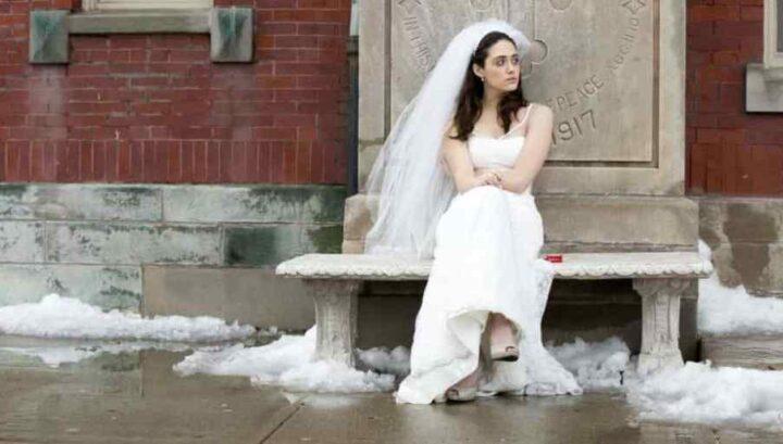 Shameless, Emmy Rossum, Fiona Gallagher, vestito da sposa, matrimonio. Le migliori frasi di Frank Gallagher in Shameless