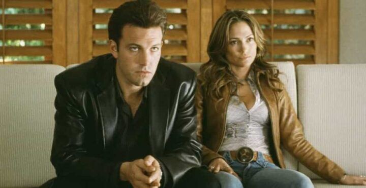 Amore estremo - Tough Love, 2003, Martin Brest, Ben Affleck, Jennifer Lopez, divano