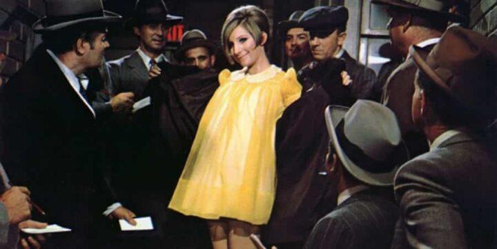 Funny Girl, 1968, William Wyler, Barbra Streisand, Fanny Brice, vestito giallo
