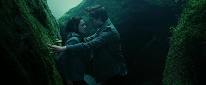 Che cosa racconta davvero Twilight? - Twilight, 2008, Kristen Stewart, Bella Swan, Robert Pattinson, Edward Cullen, Stephenie Meyer